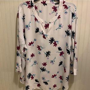 Van Heusen v neck floral blouse